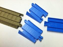 Battery Train Track Adapter Thomas/Tomy. 1 Set
